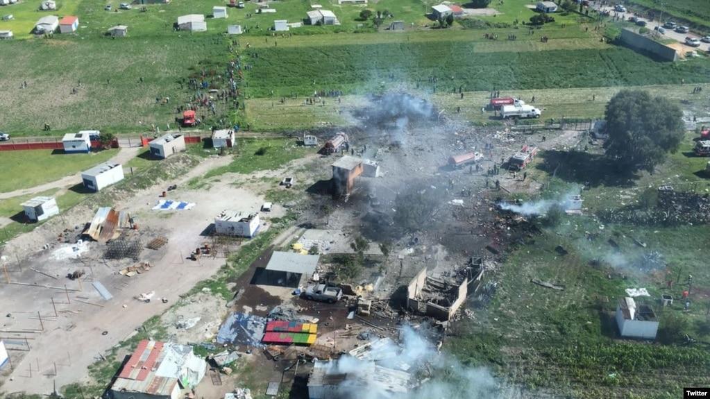 Mexico 24 Muertos Y 49 Heridos En Explosion Pirotecnia