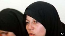 Faezeh Hashemi, daughter of former Iranian President Akbar-Hashemi Rafsanjani, gestures during a news conference (file photo)
