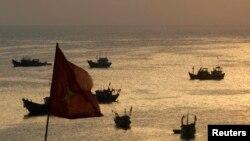 Ngư dân Việt Nam đánh cá trên biển. (Ảnh tư liệu)