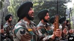 পাকিস্তান বলেছে ভারতীয় বাহিনী তিন জন পাকিস্তানী সেনাকে হত্যা করেছে