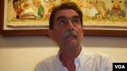 Escritor angolano Mario Tendinha