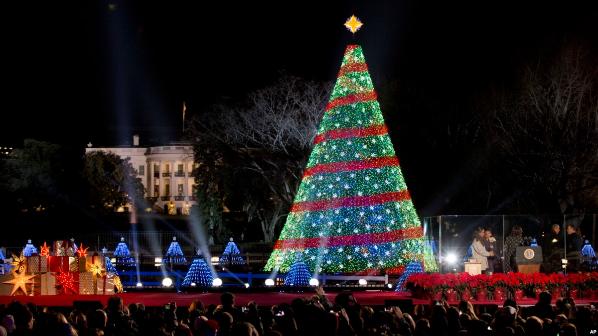 The History Of Christmas In America