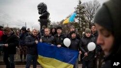 俄罗斯议会支持克里米亚公投