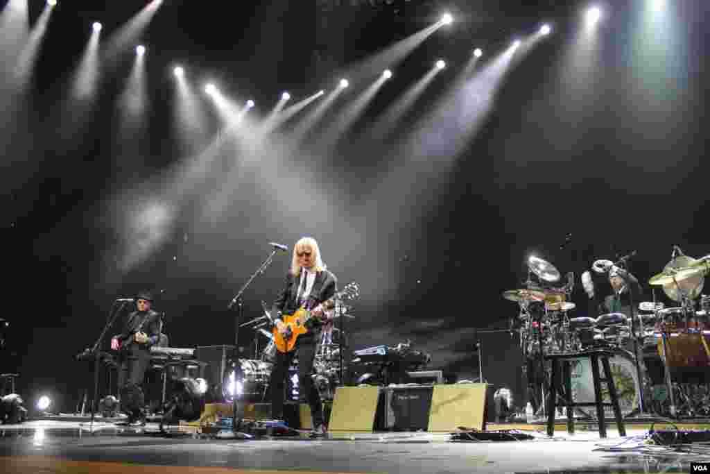 Los músicos que integran la banda de Elton John tienen una trayectoria de más de 20 años.