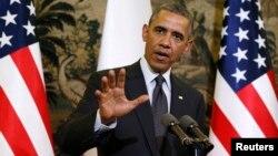 Presiden AS Barack Obama berbicara kepada media di Warsawa, Polandia (3/6).