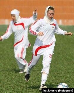 خسرویار سابقه بازی در تیم ملی ایران را دارد.