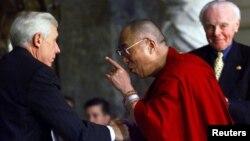 沃爾夫議員曾經與達賴喇嘛會面(資料圖片)