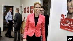 Leader of the Social Democrats, Helle Thorning-Schmidt arrives at the Parliament in Copenhagen, Denmark, September 16, 2011.