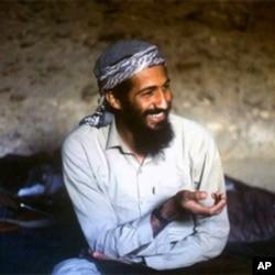 基地组织头目本.拉登1988年在阿富汗