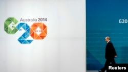 """Президент Росії Володимир Путін прибуває на зустріч """"Великої двадцятки"""" в Брісбені, Австралія, 15 листопада 2014 р."""