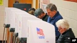 El 5 de noviembre de 2019 varios estados de EE.UU. realizaron elecciones para elegir funcionarios locales. Las minorías obtuvieron buenos resultados ganando en varios condados. Foto AP.
