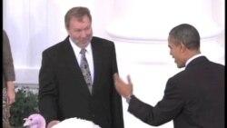 美国总统奥巴马依照传统赦免火鸡