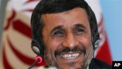 ایرانی صدر نے 14مشیر معطل کر دئیے