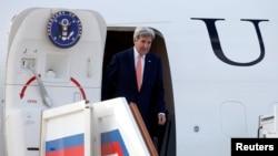 美国国务卿克里抵达莫斯科伏努科沃国际机场。(2016年7月14日)