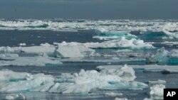 Руските научници пробија до површината на прастаро езеро на Антарктикот