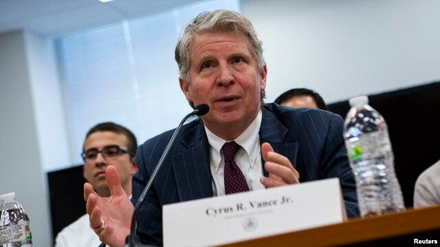 FILE - Manhattan District Attorney Cyrus Vance testifies at a hearing in New York, January 29, 2014.