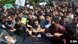 تجمع در دانشگاه امیرکبیر-آرشیو