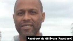 Gil Évora, economista