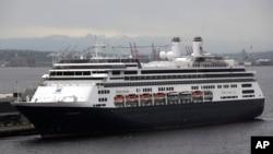 Kapal pesiar milik Holland America (foto: dok)