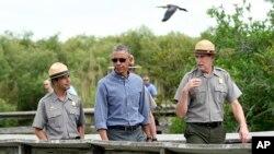 Tổng thống Barack Obama thăm Công viên Quốc gia Everglades ở Florida, ngày 22/4/2015.