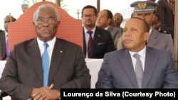 Le président de la République Manuel Pinto da Costa (g) et le Premier ministre Patrice Trovoada (d).