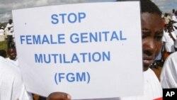 Aksi unjuk rasa menuntut dihentikannya mutilasi genital terhadap perempuan (foto: ilustrasi).
