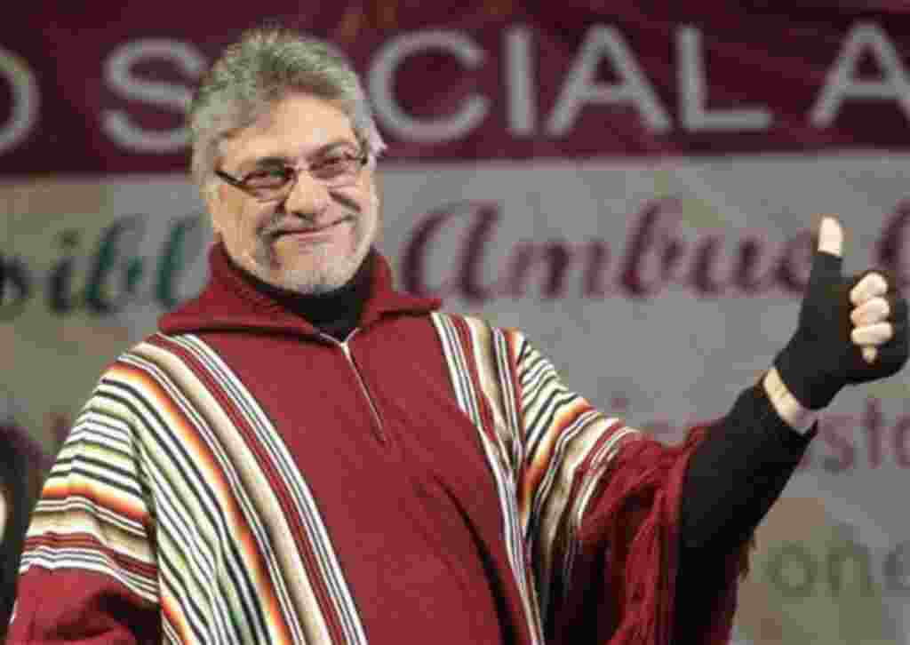 Paraguay's President Fernando Lugo gives a thumb up at the IV Americas Social Forum in Asuncion, Paraguay, Saturday, Aug. 14, 2010. Lugo was released from a Brazilian hospital on Saturday, two days after a session of chemotherapy to treat his recently dia