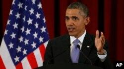 Барак Обама во время пресс-конференции в Малайзии