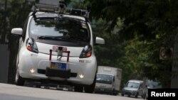 Singapur'da sürücüsüz bir Smart Car