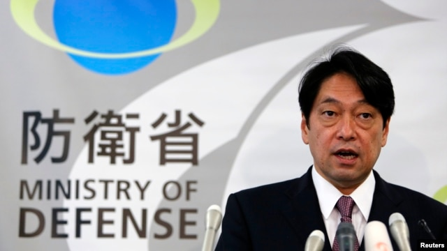 Japan's Defense Minister Itsunori Onodera speaks at a news conference at the Defense Ministry in Tokyo December 17, 2013.