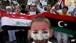 兒童也參加示威活動。