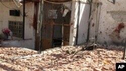 7일 시리아 다마스쿠스에서 폭탄 공격으로 파괴된 이슬람교 사원.
