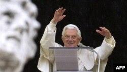 Aktivistët kundër SIDA-s përshëndesin komentet e Papës për prezervativët