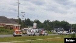 Deux policiers de Fredericton font partie des quatre personnes tuées dans la fusillade, le suspect est en détention. (globalnews.ca)