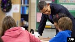 Tổng thống Barack Obama của Hoa Kỳ thăm trường Parkville Middle School, ngày 14 tháng 2, 2011