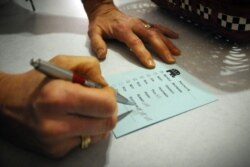 No Bié professores queixam-se de irregularidades no registo eleitoral - 2:41