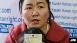 資料照:哈薩克族女子古爾孜拉·阿瓦爾汗2019年1月21日接受法新社採訪。