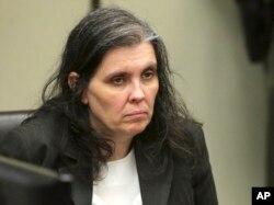 Louise Anna Turpin, madre de 13 hijos a los que torturaba y encadenaba junto con su esposo en Riverside, California.