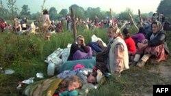 Боснийские мусульмане в Сребренице, 1995 год