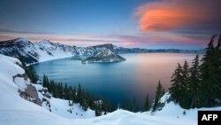 Liqeni i Kraterit, liqeni më i thellë në SHBA