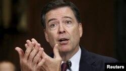 El director del FBI resalta los métodos de reclutamiento de ISIS comparados con los de al-Qaeda.