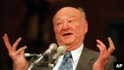 Bivši gradonačelnik Njujorka, Ed Koč, preminuo je u 89. godini