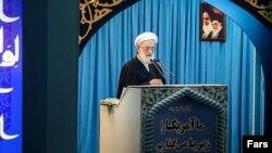 امامی کاشانی امام جمعه موقت تهران