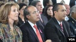 El gobierno del presidente Calderón reiteró su pleno compromiso con la cooperación internacional para prevenir y combatir el terrorismo.