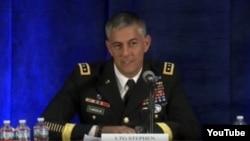 استفان تاونسِند ۲۱ اوت گذشته (۳۱ مرداد سال جاری) فرماندهی عملیات آمریکا علیه داعش را به عهده گرفت.