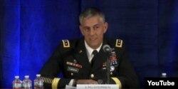联军司令美国陆军中将史蒂芬·汤森