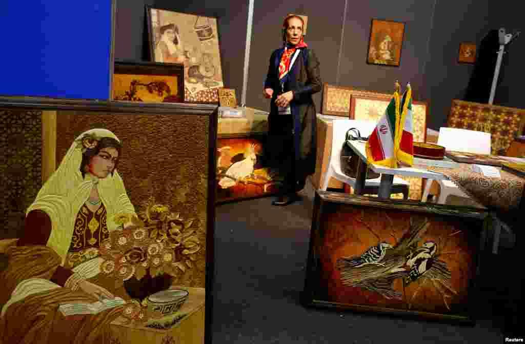 یک نمایشگاه فرهنگ ایرانی در رم ایتالیا.