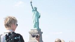 La Estatua de la Libertad abrió sus puertas a los miles de turistas que la visitan. Estado pagará 61.600 dólares por costos de operación diariamente.