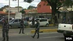 """""""Policia rodea la Clinica Bariná donde estoy siendo atendido"""", Lorent Saleh."""