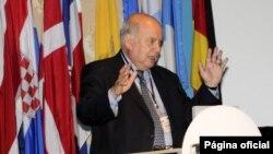 José Miguel Insulza, Secretario General de la OEA, hace un llamado a proteger la juventud.